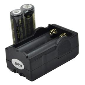 2pcs UltraFire 18650 3.7V 4000mAh IC Protected Rechargeable Li-ion Batteries & 18650 Battery Travel Charger Set (Black)