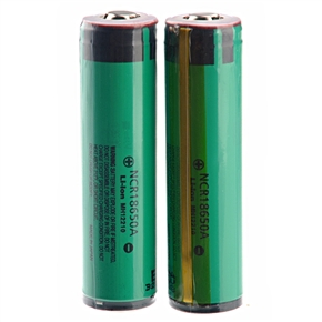3.7V 3100mAh NCR 18650A IC Protected Rechargeable Li-ion Battery - One Pair (Green)